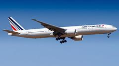 Boeing 777-328(ER) F-GZNQ Air France (William Musculus) Tags: plane spotting aviation airplane paris charles de gaulle roissy roissyenfrance lfpg cdg william musculus fgznq air france boeing 777328er af afr 777300er