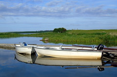 Boat Reflection (stuartcroy) Tags: orkney island reflection harrayloch water beautiful blue bay beach boat
