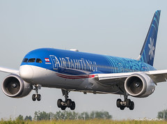 Boeing 787-9 Air Tahiti Nui (Moments de Capture) Tags: boeing 7879 b787 787 airtahitinui aircraft plane avion aeroport airport spotting lfpg cdg roissy onclejohn canon 5d mark3 5d3 mk3 momentsdecapture