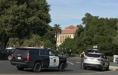 #StanfordUniversity #Stanford #California (Σταύρος) Tags: 1885 privateschool trafficstop university stanforduniversity stanford california kalifornien norcal cali californië kalifornia καλιφόρνια カリフォルニア州 캘리포니아 주 californie northerncalifornia カリフォルニア 加州 калифорния แคลิฟอร์เนีย كاليفورنيا college thefarm southgate collegecampus lelandstanford sheriff