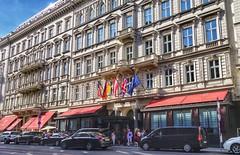 Vienna Wien - Hotel Sacher (Oliver Kuehne) Tags: street