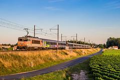 08 août 2019 BB 22346 Train 4764 Marseille -> Bordeaux Barsac (33) (Anthony Q) Tags: 08 août 2019 bb 22346 train 4764 marseille bordeaux barsac 33 sncf bb22200 bb22346 ferroviaire intercités ic corail aquitaine gironde nouvelleaquitaine