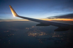 Flying over the South Coast of the UK. (SimonNicholls27) Tags: ryanair sunset wing view boeing 737800 aviation canon 5dmkiv