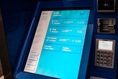 DSCF4730.jpg (amsfrank) Tags: usability automaat ijburg candid amsterdam gvb