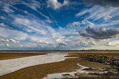 Waarde (Omroep Zeeland) Tags: waarde getijdenhaventje westerschelde haventje slik strekdam wolkenlucht