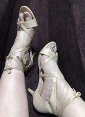 IMG_20190808_165950566~2 (eirenna_unveiled) Tags: foot feet toes legs sandals polishedtoes polishedtoenails