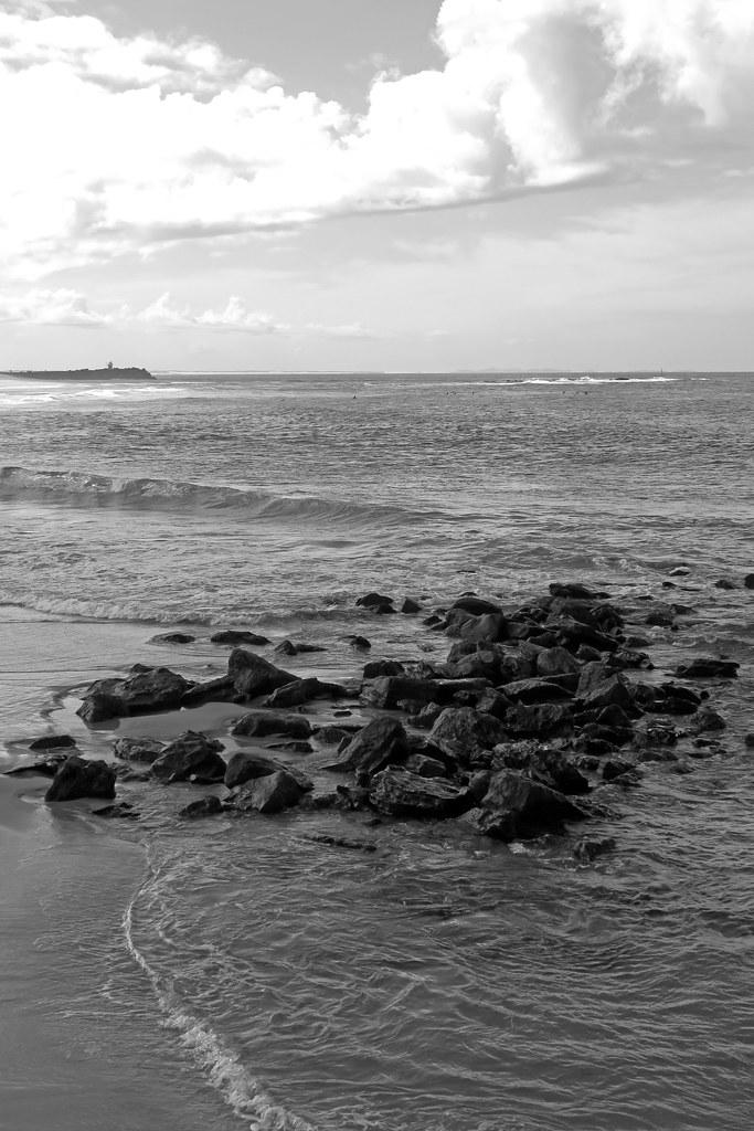 Newcastle icon - Nobbys Beach