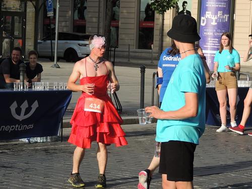 Volunteers at the women's 5K race, Vilnius