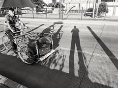 Sombra y triciclo (Marcos Núñez Núñez) Tags: street national streetphotography streetphotographer