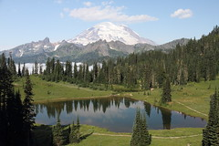 Mount Rainier and Tipsoo Lake (jlcummins) Tags: mountrainiernationalpark mountrainier nationalparks washingtonstate mountains cascademountains canonefs1585mmf3556isusmlens