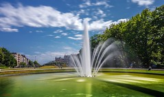 #BRUSSELS - 7214 (✵ΨᗩSᗰIᘉᗴ HᗴᘉS✵85 000 000 THXS) Tags: brussels bruxelles capitale belgium belgique bélgica water landscape fountain fontaine waterscape sony sonyilce7 sonya7m3