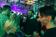 Flow_Festival_2019_Friday_c_Samuli_Pentti_-0816 (Flow Festival) Tags: 09082019 finland flowfestival2019 friday helsinki suvilahti samulipentti flow tanqueray green people laugh friends