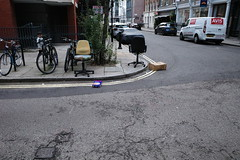 20190809T10-53-04Z (fitzrovialitter) Tags: england fitzrovia gbr geo:lat=5151868000 geo:lon=013994000 geotagged unitedkingdom peterfoster fitzrovialitter city camden westminster streets urban street environment london streetphotography documentary authenticstreet reportage photojournalism editorial daybyday journal diary sooc positivefilm ricohgriii apsc 183mm ultragpslogger geosetter exiftool