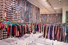 """Laundromat"" (2016) - Ai WeiWei (patuffel) Tags: ai weiwei k21 ständehaus mueseum kunstsammlung nrw art exhibition installation china refugee clothes laundromat 2016 leica m10 28mm summicron camp"