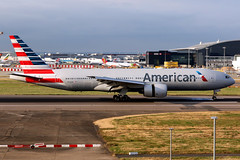 American Airlines | Boeing 777-200ER | N772AN | London Heathrow (Dennis HKG) Tags: aircraft airplane airport plane planespotting oneworld canon 7d 70200 london heathrow egll lhr american americanairlines aal aa usa boeing 777 777200 boeing777 boeing777200 777200er boeing777200er n772an