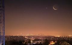 Moon set over Melbourne CBD (PsJeremy) Tags: melbourne crescent dusk nightsky sony