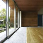 住宅用熱処理木材製壁材の写真