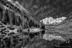 Maroon Bells In B&W (HarrySchue) Tags: lake mountains landscape colorado hiking aspen maroonbells trees nature reflections blackwhite nikon rockymountains nationalparks reallyrightstuff snowcappedpeaks snowcoveredpeaks fotodiox