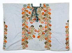 Amatlan Huipil Veracruz Mexico Textiles (Teyacapan) Tags: textiles mexican huipils nahua veracruz amatlandelosreyes ropa vestimenta clothing flowers embroidery