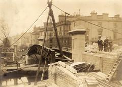 Grand Union Canal 1900 (Westminster Archives Centre) Tags: grandunioncanal westbourneterraceroadbridge bridgeconstruction