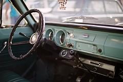 Iisalmi (Tuomo Lindfors) Tags: iisalmi suomi finland louhenkatupäivä 2019 tervaajot auto car ford cortina ratti kojelauta steeringwheel wheel dashboard ohjaamo cab cockpit alienskin exposure myiisalmi