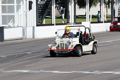 London and Surrey Mini Owners Club Track Day Goodwood July 2019 (davidseall) Tags: london surrey mini owners club track day goodwood july 2019 lsmoc 1965 morris moke vnk492e vnk 492e motor circuit west sussex uk trackday