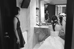 scan_007 (蕭告 Cane pazzo) Tags: kodak tmax400 tmy bw negative film tmaxdev19 28°c8mins 黑白底片 自沖自掃 noritsuls600 taiwan wedding