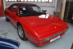 Ferrari Mondial T Cabriolet 1990 (Monde-Auto Passion Photos) Tags: voiture vehicule auto automobile ferrari mondial cabriolet convertible roadster spider sportive rare rareté red rouge vente enchère osenat france fontainebleau