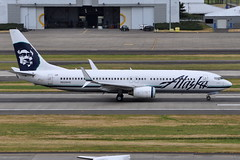 Alaska Airlines - Boeing 737-800 - N528AS - Portland International Airport (PDX) - June 3, 2015 5 371 RT CRP (TVL1970) Tags: nikon nikond90 d90 nikongp1 gp1 geotagged nikkor70300mmvr 70300mmvr aviation airplane aircraft airlines airliners portlandinternationalairport portlandinternational portlandairport portland pdx kpdx n528as alaskaairlines alaskaairgroup boeing boeing737 boeing737800 737 737ng b737 b737ng b738 737800 737800wl boeing737890 737890 737890wl aviationpartners winglets splitscimitarwinglets cfminternational cfmi cfm56 cfm567b27