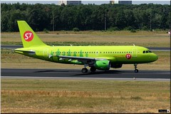 Airbus A319-114, S7 - Siberia Airlines, VP-BTT (OlivierBo35) Tags: berlin tegel txl spotter spotting airbus a319 s7 siberian