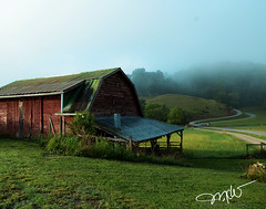 Red Barn (Mike Woodfin) Tags: barn red redbarn weathered wood mikewoodfin mikewoodfinphotography mountains blue green nc northcarolina fog foggy sunrise morning grass
