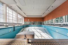 (franconiangirl) Tags: schwimmbad verlassen ehemalig old marode pol indoorpool urbex ue urbanwandering hallenbad abandoned schwimmbecken abandonedswimmingpool swimmingpool