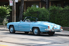 Powder blue Mercedes Benz 190SL (back) (Can Pac Swire) Tags: toronto ontario canada canadian power blue convertible car auto automobile classic vintage old mercedes benz opentop topdown 190sl german broadview ave avenue 473 2019aimg7840 w121 cabriolet
