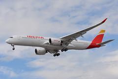 EC-NDR Iberia Airbus A350 EGLL 17/6/19 (David K- IOM Pics) Tags: lhr egll london heathrow airport 27r airbus a350 a350900 a359 ibe ib iberia ec ecndr