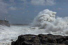 Crashing waves at Porthcawl_V4A2316.72 (Jo Evans1 - off and on for a while) Tags: porthcawl lighthouse stormy weather crashing waves towering above