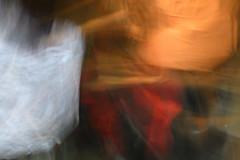 au ter (b) (fdfotografie) Tags: icm intentionalcameramovement verwischen langzeitbelichtung indoor kunstlicht dslr d7500 farbfoto querformat abstrakt ungegenständlich lichtmalerei