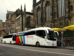 YT19 KUY, Weardale Irizar i6 integral (miledorcha) Tags: yt19kuy irizar i6 tri axle three integral paccar daf rear engined coach coaches bus trafalgar tours contract tour livery holidays incoming tourist service weardale motor services stanhope psv pcv edinburgh summer castle