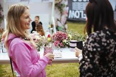 Flow_Festival_2019_Saturday_c_Samuli_Pentti_-1148 (Flow Festival) Tags: finland flowfestival2019 helsinki suvilahti samulipentti saturday flow people green flowers