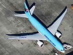 Korean Air Cargo Boeing 777-FB5 HL8077 (Mark Harris photography) Tags: spotting lax la canon 5d plane aviation