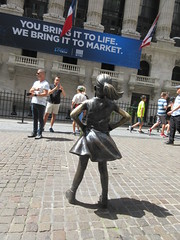 2019 Fearless Girl bronze sculpture Wall Street NYC 7261 (Brechtbug) Tags: 2019 fearless girl bronze sculpture by kristen visbal commissioned state street global advisors ssga the statue was installed march 7th 2017 anticipation international womens day depicting defiant four foot high located front new york stock exchange financial district manhattan city august 08102019 nyc young lady