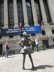 2019 Fearless Girl bronze sculpture Wall Street NYC 7269 (Brechtbug) Tags: 2019 fearless girl bronze sculpture by kristen visbal commissioned state street global advisors ssga the statue was installed march 7th 2017 anticipation international womens day depicting defiant four foot high located front new york stock exchange financial district manhattan city august 08102019 nyc young lady
