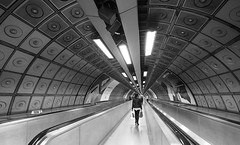 London tube (Steve only) Tags: olympus pen ep5 panasonic lumix g vario 14714 asph 7144 714mm f4 m43 bw monochrome 黑白 snap england london underground tube railway station peopleinthecity
