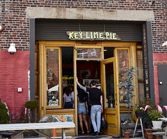 Red Hook Brooklyn (BUSTER NYC) Tags: canon 80d brooklyn new york key lime pie