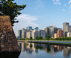 Tokyo's Marunouchi area seen from the moat of the Imperial Palace (Senkawa Scott) Tags: imperialpalace tokyo marunouchi business zone moat