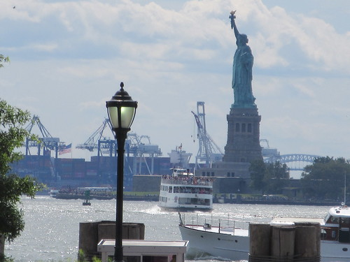 2019 Statue Of Liberty With Ferry Boats Battery Park 7390