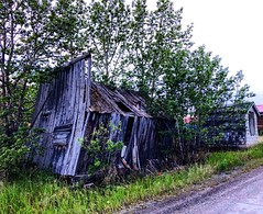 Worse for Wear (Pennan_Brae) Tags: house home architecture aged thepast yesteryear dilapidated barn wood vintage antique relic old