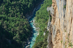 Belvédère de Trescaire (RIch-ART In PIXELS) Tags: gorgesduverdon gorge cliff verdon river water tree forest rockformation rock lapaludsurverdon france provencealpescôtedazur montagne landscape paysage fujifilmxt20 xt20 routedescrêtes