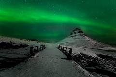 the bridge of your dreams (Valero-Xixona) Tags: islandia iceland night nieve bolerales auroras valero luzenlaoscuridad