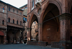 """Bologna Medievale (fabrizio_buoso) Tags: bologna nikonclubit """"nikonflickraward"""" porticati portici"""