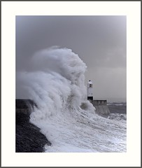 Porthcawl Lighthouse (juliemarie.stollery) Tags: porthcawl lighthouse wales southwales wave waves sea storm